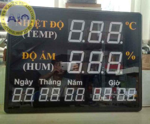 man hinh led giam sat do am 485x400 - Đồng Hồ Quản Lý Nhiệt Độ Và Độ Ẩm Phòng Thí Nghiệm